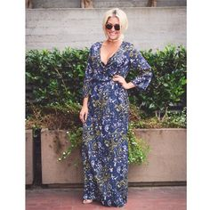 [Boutique]floral maxi A mix of paisley and floral, navy, black and gold, this long wrap dress can be as casual or formal as you like. Details: 100% polyester, spandex and cotton liner. 3/4 sleeve with wrap detail. No PayPal + No Trades. Dresses Maxi