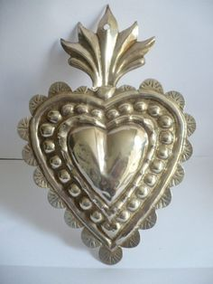 superbig beautiful colonial spanish silver sterling ex voto solid 6 20 Aluminum Foil Crafts, Metal Crafts, Metal Embossing, Tin Art, Heart Template, Silver Wings, Fire Heart, Mexican Folk Art, Sacred Art