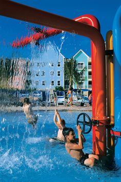 Harborside Resort at Atlantis is part of Atlantis, Paradise Island, providing you and your family with world-class fun and relaxation. #Bahamas