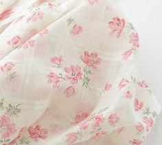 Tissu de gaze floral, Light Rose fleur sur Off White gaze tissu de coton, costume pour rideau en fenêtre--1/2 yard dentelle