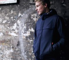 LUMO Regents Parka is a futuristic adaptation of the 1960's classic mod Parka with built-in LED lights. Available to buy now: http://www.lumo.cc/