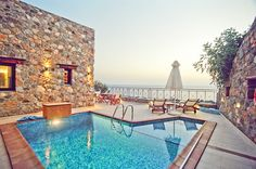 1 Bedroom, 1 Bathroom, Near to Famous Beach, Panoramic Sea View, Private Pool   Meliti Villas to Rent in Elafonisi, Chania Crete. Villas Meliti are 2 luxury suites with the sea just a breath away. A must destination for couples. A small
