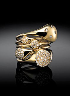 18ct Yellow Gold with Diamonds - LovePods by Pandora.