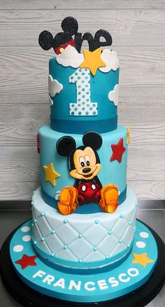 Mickey Mouse Clubhouse Cake With Toy Figurines In 2019