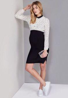 Fashionable maternity fashions outfits ideas 15