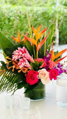 Mexican Wedding Centerpieces, Tropical Centerpieces, Tropical Flower Arrangements, Flower Centerpieces, Tropical Flowers, Floral Wedding, Wedding Flowers, Bouquet, Wedding Table