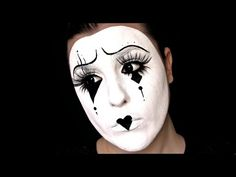 Costume Ideas for Women: Top Pantomime Pierrot Clown Costume for Women and Girls Clown Halloween, Halloween Karneval, Halloween Make Up, Halloween Face Makeup, Halloween 2014, Halloween Costumes, Jester Makeup, Mime Makeup, Beauty Makeup
