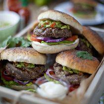 hamburger signature au guacamole - HD5616×3744