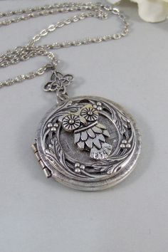 Little Hoots,Owl,Locket,Silver Locket,Silver Necklace,Owl,Silver,Woodland,Antique Locket. Handmade jewelry by valleygirldesigns. by ValleyGirlDesigns on Etsy https://www.etsy.com/listing/123650847/little-hootsowllocketsilver-locketsilver