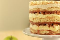 momofuko milk bar - apple pie layer cake