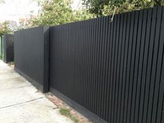 Creative Modern japanese fence design,Modern fence hinges and Wooden fence decorations. Backyard Fences, Garden Fencing, Front Yard Landscaping, Landscaping Ideas, Pool Fence, Landscaping Software, House Fence Design, Gate Design, Wood Fence Design