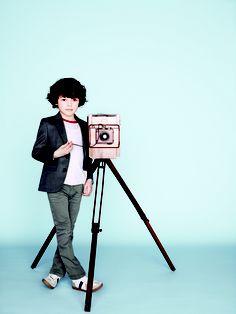 ALALOSHA is your guide to developing your kid unique personal style. Fashion Kids, Baby Boy Fashion, Baby Dior, Dior Kids, Rebecca Minkoff, Kids Kiss, Blazer For Boys, Foto Instagram, Little Fashionista