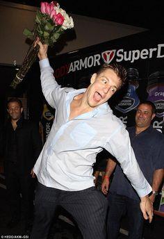 Pure joy. #SummerOfGronk Nfl Cheerleaders, Cheerleading, Gronk Patriots, New England Patriots Merchandise, Charlie Carver, Rob Gronkowski, Boston Strong, Blake Shelton, Wedding Humor