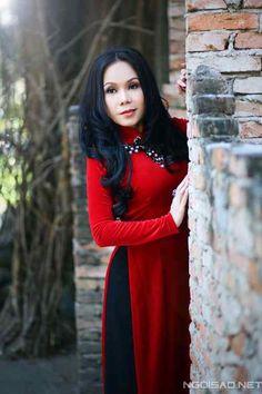 Nghệ thuật phối màu cho trang phục áo dài