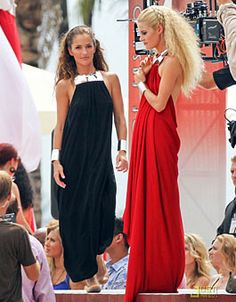 Minka Kelly & Rachael Taylor of Charlie's Angels Minka Kelly Hair, Kelly Fashion, Rachael Taylor, Just Jared, Bridesmaid Dresses, Wedding Dresses, Fashion Shoot, Favorite Tv Shows, Love Her