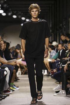competitive price 55ba7 2139a Hermes Menswear Spring Summer 2015 Paris