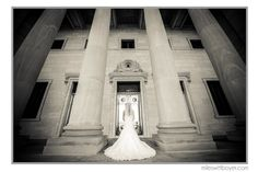 Bridal photo in black and white.