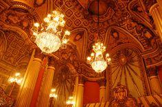 Los Angeles Theatre Lobby | Flickr: Intercambio de fotos