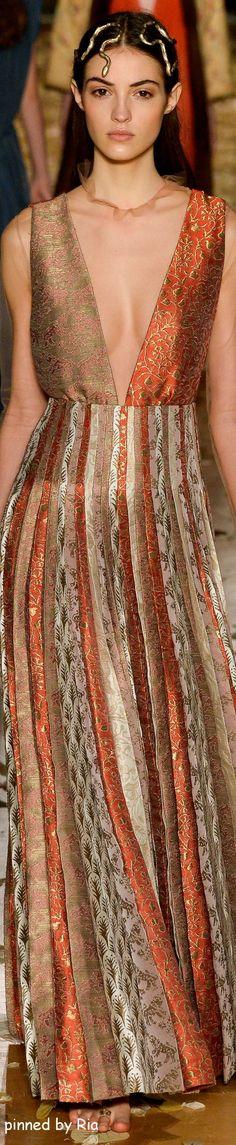 Valentino Spring 2016 Couture l Ria