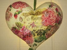 Papier Mache Heart, some butterflies we make with punches, coffee filters and napkins, decoupage some French script and lovely roses over this, add some glit. Napkin Decoupage, Decoupage Tutorial, Decoupage Paper, Decoupage Ideas, Diy Tutorial, Wooden Hearts Crafts, Heart Crafts, Paper Serviettes, Vintage Shabby Chic