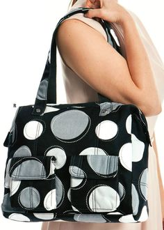 casual cargo purse giveaway @thebettermom.com
