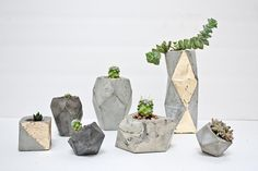 Geometric Concrete Succulent Cacti Planter by ConcreteGeometric Concrete Crafts, Concrete Projects, Concrete Planters, Planter Pots, Beton Diy, Renegade Craft Fair, Concrete Furniture, Diy Inspiration, Decoration Originale