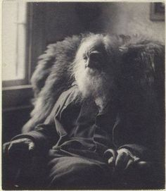A beautiful and soft image shows poet Walt Whitman (1819-1892) in his later years.