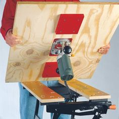 Portable Router Table Base Just when you thought youd seen every possible use for your portable workbench (the Workmate bench is shown here) heres yet another great one. The post Portable Router Table Base appeared first on Woodworking Diy. Woodworking Shop Layout, Router Woodworking, Woodworking Patterns, Woodworking Workshop, Woodworking Projects Diy, Diy Wood Projects, Woodworking Classes, Woodworking Techniques, Woodworking Furniture