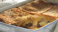 an easy bread pudding recipe with rum. Its called Apple, Rum and Raisin Bread and Butter Pudding and its from Irish chef Rachel Allen Bread Pudding Recipe Rum, Bread And Butter Pudding, Pudding Desserts, Pudding Recipes, Dessert Recipes, Bread Puddings, Rice Puddings, Fruit Bread, Raisin Bread