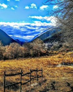 """Ah Ha Moment"" #repostromanticitaly #italy #italia #noidiroma #myrome #photobydperry #europe #europa #bellavista #vista #discoverglobe #topeuropephoto #travel #instagood #instatravel #amazing #landscapes #incredible_italy #awesome_earthpix #view #Italia_super_pics #top_italia_photo #amazing_italy #pescasseroli #umbria #mountains #ig_italy #ig_italia"