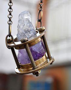 Rust Miner, uma marca brasuca de jóias e acessórios feitos com sucatas de relógio e materiais descartados em geral | IdeaFixa