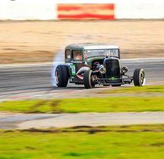 いいね♪ #geton #car #auto #drift ↓他の写真を見る↓ http://geton.goo.to/photo.htm 目で見て楽しむ!感性が上がる大人の車・バイクまとめ -geton http://geton.goo.to/