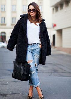 ✿ Street Style Inspiration, Fashion Inspiration, Style Ideas, Michael Kors, Wide Leg Denim, Oversized Coat, Womens Fashion, Fashion Trends, Fashion Bloggers