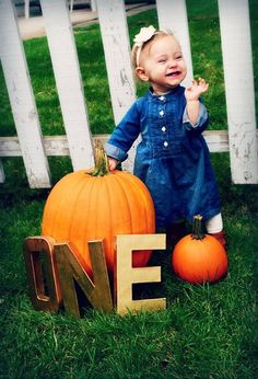 One year old pictures with fall props
