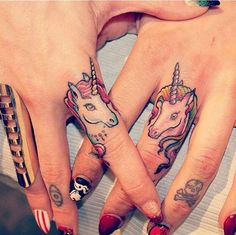 12 friendship tattoos that aren't totally cheesy (13 photos)
