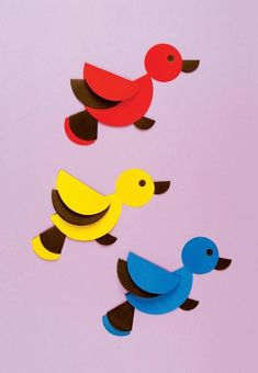 Basteln müssen Kinder lernen! Mit nur Papierkreisen und Kleber können die Kinder schon richtige Kunstwerke machen. Macht viel Spaß! - DIY Bastelideen