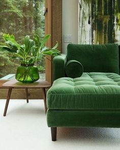 Velvet green sofa with green decor- LOVE! Velvet green sofa with green decor- LOVE! Fresh interior styling - Add Modern To Your Life My Living Room, Home And Living, Living Spaces, Living Room Sofa Design, Couch Design, Living Walls, Cozy Living, Small Living, Interior Styling