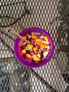 Oats with persimmons