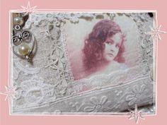 Täschchen Schminktäschchen Toilettetäschen Leinen Spitze | Etsy Shabby Chic, Vintage, Frame, Etsy, Decor, Antique Lace, Girl Pics, Small Bags, Gift For Boyfriend