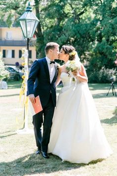 Amerikanischer Traum in Österreich: Cherylin und Peter heirateten am Independence day Die Elfe http://www.hochzeitswahn.de/inspirationen/amerikanischer-traum-in-oesterreich-cherylin-und-peter-heirateten-am-independence-day/ #wedding #mariage #couple