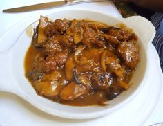 Fried chicken liver with mushrooms from Fior d - Best Liver Detox Cleanse Chicken Liver Recipes, Chicken Mushroom Recipes, Onion Recipes, Fried Chicken Livers, Chicken Gizzards, Beef Liver, Fried Liver, Gizzards Recipe, Best Liver Detox