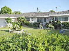 3 bd 2.5 bath Island Oasis Pool House no spa Near Disneyland 1.5 miles 2500 sq ft $325/night
