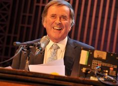 Such sad news today about Terry Wogan. I was lucky enough to meet him in 2010 when I photographed one of his Sunday morning Radio 2 shows. This isn't a very good pic but I'm so glad I had the opportunity to take it. He charmed everyone and I was excited to have the chance to shake his hand. A lovely man and a brilliant broadcaster. I grew up watching him on Wogan and Blankety Blank his Eurovision commentary was epic and I still think he looks like my Dad. We're losing far too many great…