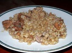 Recept na výtečný pokrm z ječných krup. Kroupy v šouletu, kroupy v jelitech, kroupy v polévce z uzeného masa. Ale což takhle krupeto?