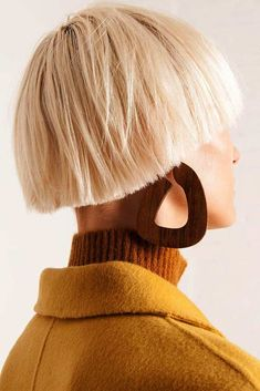 Lightweight, Abstract Earrings Gold Filled Posts for Pierced Ears Shedua Wood x By Sophie Monet Handmade in California Ornik Wood&Art, Bowl Haircut Women, Haircut Styles For Women, Short Haircut Styles, Hipster Grunge, Grunge Goth, Top Hairstyles, Latest Hairstyles, Greek Hairstyles, Street Style Vintage