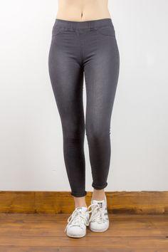 Leggings in jeans 5 tasche in tessuto delavato.