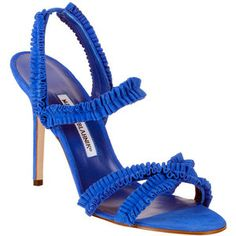 These blue stilletoes are just the right one to give you a Diva look