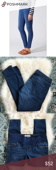 Topshop MATERNITY   Moto Leigh Jeans Topshop MATERNITY   Moto Leigh Jeans. Excellent condition, large stretchy band to go comfortably below your baby bump. Size 12- length 30. Topshop MATERNITY Jeans Skinny