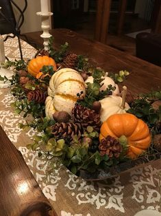 Diy Thanksgiving Centerpieces, Fall Table Decorations, Thanksgiving Table Decor, Thanksgiving Table Centerpieces, Centerpiece Ideas, Autumn Centerpieces, Harvest Decorations, Wedding Centerpieces, Wedding Decorations