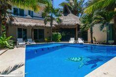 Se Vende: Casa Dolce Vita con 4 recámaras, palapa y alberca frente al Mar Caribe $1,275,000 USD
